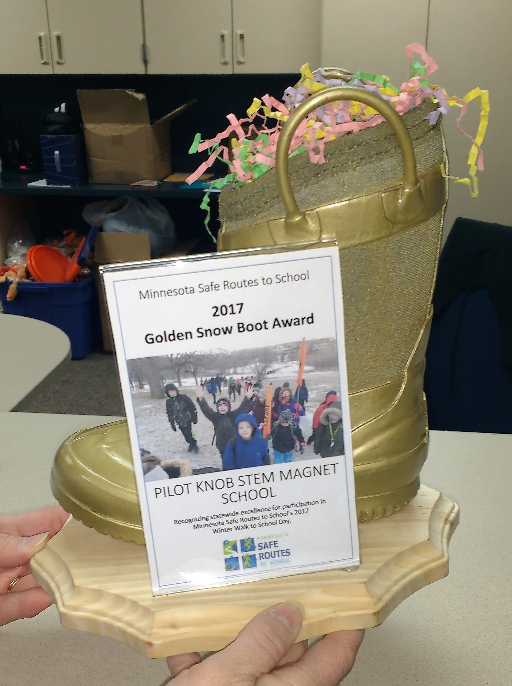 photo of golden snow boot award for 2017